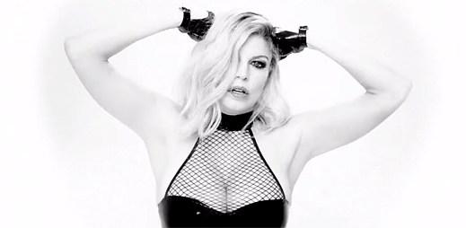 Fergie začíná novou éru stylovým videem Hungry