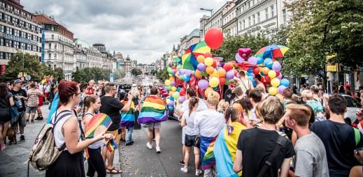Na gay průvod Prague Pride 2016 dorazilo rekordně přes 40 tisíc lidí