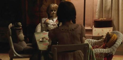 Děsivá panenka z filmu Annabelle 2 se vrací! Vychutnejte si zbrusu nový trailer