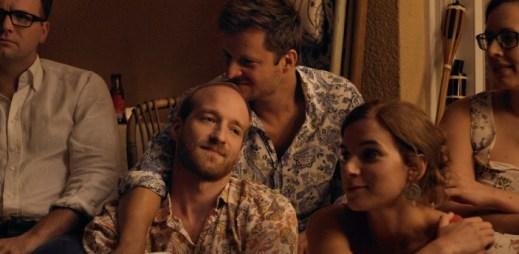 Gay film: Kocour. Skvělý vztah dvou mužů naruší šokující okamžik násilí