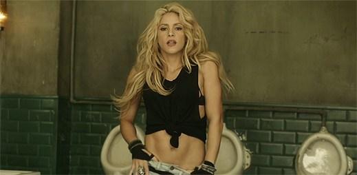 Shakira rozhoupala své kolumbijské boky v klipu Chantaje