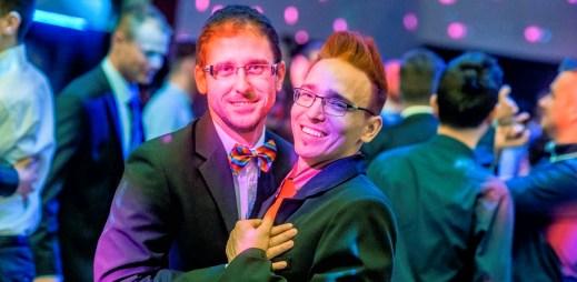 Brněnský a pražský Queer Ball: Moderovat bude Jan Cina se svým partnerem a fenomenální Lukáš Hejlík