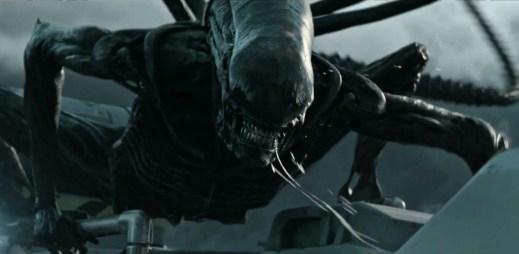 "Druhý trailer k filmu ""Vetřelec: Covenant"" odhaluje novou záhadnou planetu"