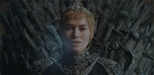 """První oficiální promo k seriálu """"Game of Thrones"""", ve kterém už i Cersei tuhne zimou úsměv"""