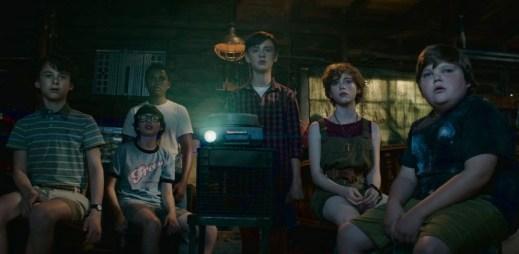 """První ukázka hororového thrilleru """"TO"""" podle nejděsivějšího románu Stephena Kinga"""