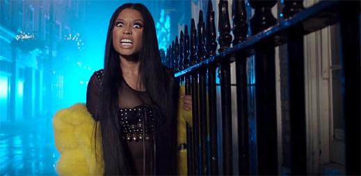 """Nicki Minaj usedá na londýnský trůn v klipu """"No Frauds"""""""