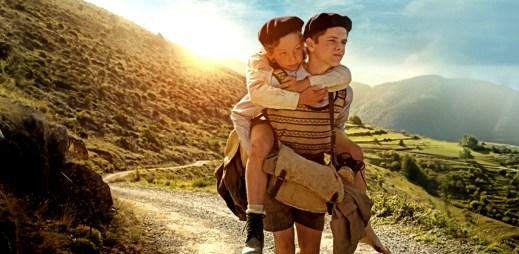 "Trailer: ""Z Paříže do Paříže"": Dva malí chlapci utíkají na jih Francie, aby si zachránili život"