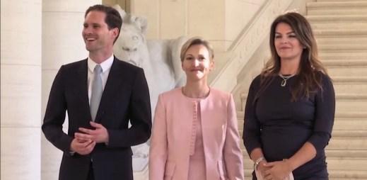Gayové jsou akceptováni čím dál více: Manžel luxemburského premiéra se vyfotil s prvními dámami