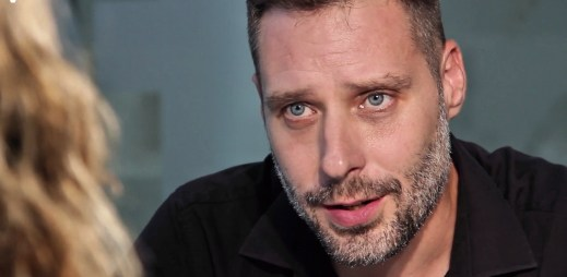 """Gay Jaroslav Lorman: """"Mnoho let jsem se snažil potlačit homosexualitu exorcismem"""""""