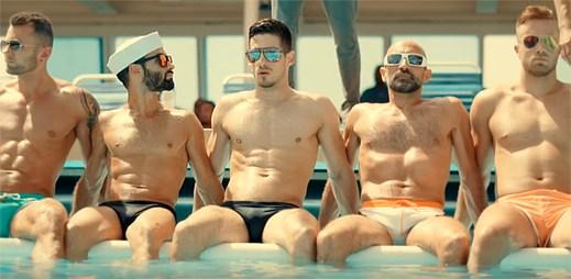 """Gay film """"Dream Boat"""": Jsou sexy, šťastní a užívají si života naplno. Nebo je to všechno jinak?"""