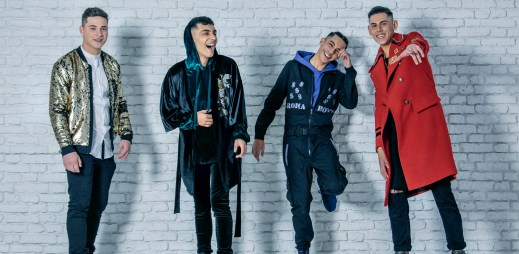 """Kluci z kapely Roma Boyz vydali první videoklip """"Vzpomínám"""", při kterém zamáčknete slzu. Stojí za nimi Lukáš Rejmon a Jan Bendig"""