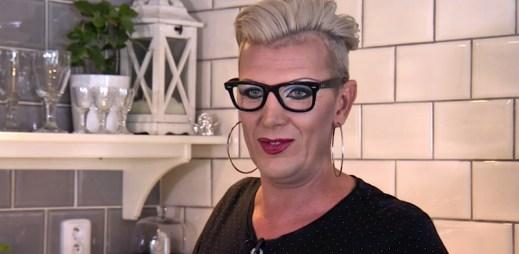 Gay travesti umělec Martin Hrubý bojuje tento týden o výhru v pořadu Prostřeno