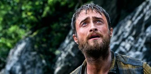 """Trailer k filmu """"Ztracen v džungli"""": Daniel Radcliffe se ocitl uprostřed zeleného pekla a hledá cestu zpět do civilizace!"""