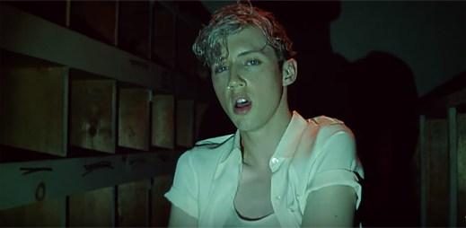 """Gay zpěvák Troye Sivan vyjadřuje svou sexualitu v klipu """"My My My!"""""""