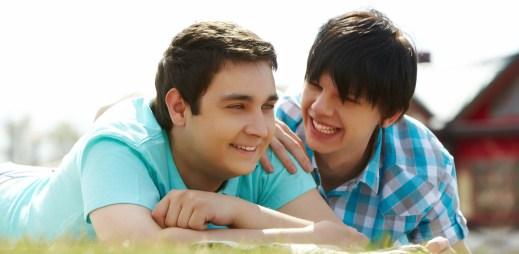"""Registrované partnerství uzavřelo celkem 2 818 párů. """"Rozvodovost"""" je mnohem menší než u heterosexuálů"""