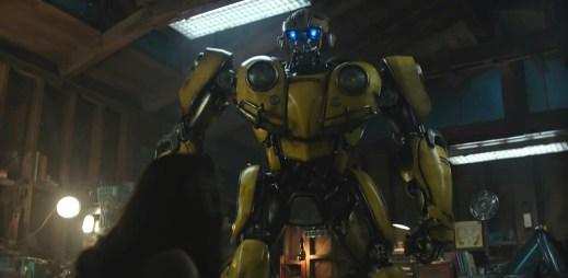 """Trailer k filmu """"Bumblebee"""": Příběh žlutého robota, který se odehrává 20 let před prvními Transformery"""