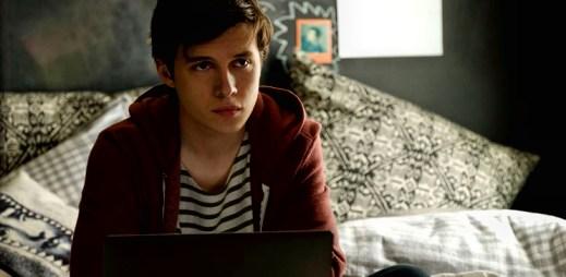 """Gay film """"Já, Simon"""": Je mu sedmnáct a zaslouží si velkou lásku, zatím ale nikdo neví, že je gay"""