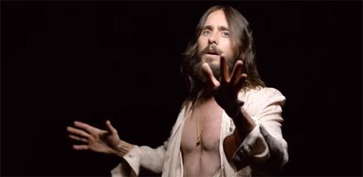 """Thirty Seconds To Mars nechávají ze sebe proudit všechny emoce v klipu """"Rescue Me"""""""