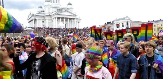 Helsinki Pride: Finský Gay Pride měl rekordní účast! Do ulic vyšlo 100 tisíc lidí