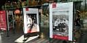 Vernisáž výstavy fotografií Roberta Vana na hlavním nádraží v Praze