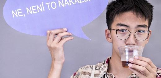 10 gay fotografií HateFree: Jsem gay. Ne, to není nakažlivé