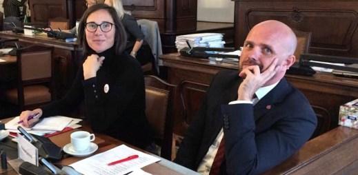 """Video: """"Homosexualita není nemoc, nelze ji vyléčit,"""" řekl Czeslaw Walek v Poslanecké sněmovně"""
