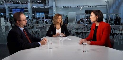 """""""Manželství gayů a leseb neznamená zánik civilizace,"""" řekla Adéla Horáková z kampaně Jsme fér v DVTV"""