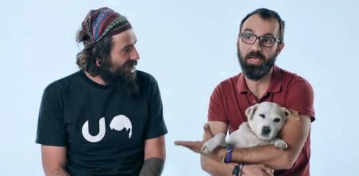 Gay reklama: Největší česká banka Česká spořitelna natočila reklamu, ve které se objevili dva gayové!