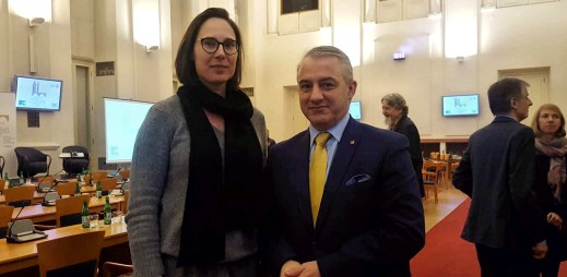 Lubomír Zaorálek a Josef Středula podporují manželství pro gaye a lesby