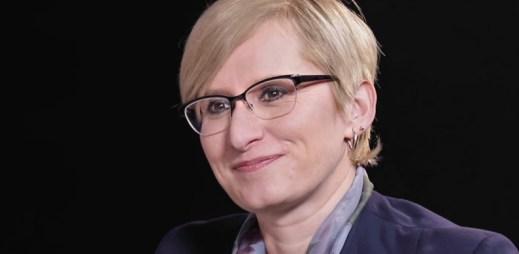 """Poslankyně Karla Šlechtová: """"Zákon o manželství gayů a leseb rozhodně podporuji!"""""""