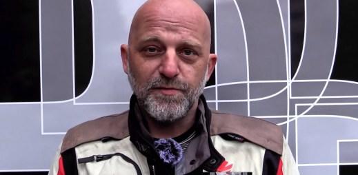 """Herec Hynek Čermák: """"Schválení manželství pro gaye a lesby pozitivně ovlivní až 3 miliony lidí"""""""
