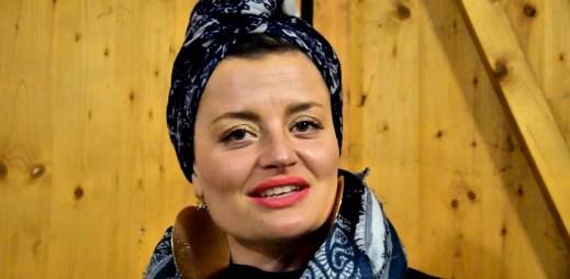 """Herečka Erika Stárková: """"Souhlasím s manželství pro gaye a lesby"""""""