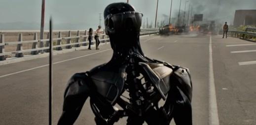 """Nový trailer k filmu """"Terminátor: Temný osud"""": Arnold Schwarzenegger se vrací!"""