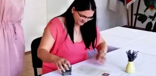 """Starostka obce Přílepy Ivana Sehnalová: """"Souhlasím s manželstvím pro gaye a lesby"""""""