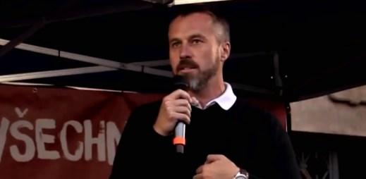 Senátor Miroslav Adámek souhlasí s manželstvím pro gaye a lesby