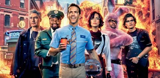 """Nový trailer k filmu """"Free Guy"""": Hrdina Ryan Reynolds zachraňuje svět"""