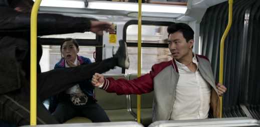 """Studio Marvel zveřejňuje nový trailer k filmu """"Chang-Chi a legenda o deseti prstenech"""""""